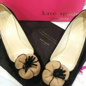 Kate Spade flower suede heels box